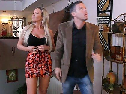 She invites him for... a blowjob