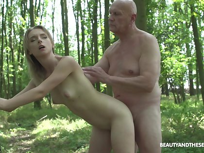 Pretty blonde Lily Ray grabs his cock and starts sucking on it