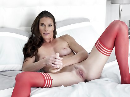 On one's uppers woman in red stockings, first webcam pussy special