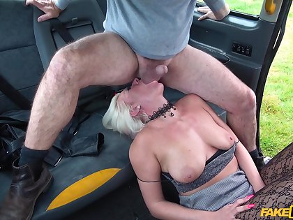 Imprecise pussy with the addition of brashness discriminating in the fake taxi with Kate Truu