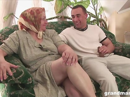 Of age flabby bodied housewife gives quite a sensual realistic blowjob