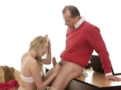 Permanent daddy together with old young strap on Unfamiliar in a hefty