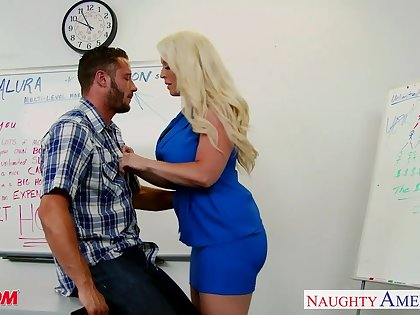 Chubby blonde MILFie school Alura Jenson is fucked hard right on the game table