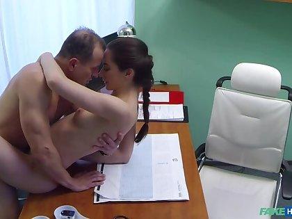 Russian spoil wants Doctors cum